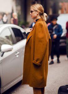 Oversized coat in camel